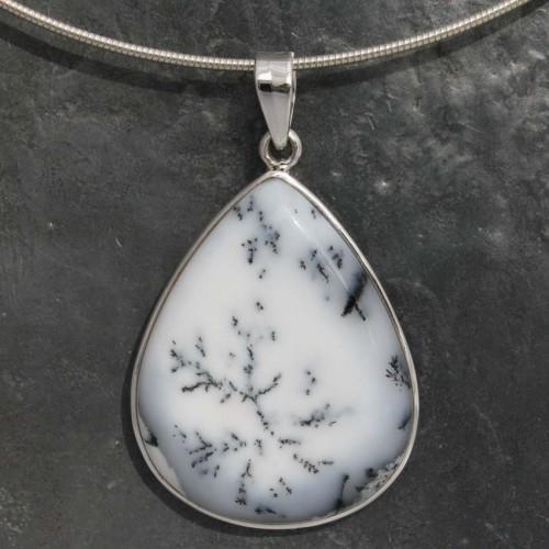 Opal dendrite 4