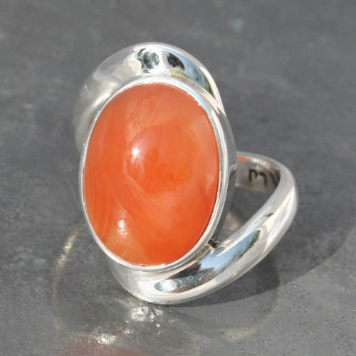 Carnelian Oval Twist Ring