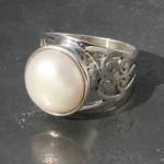 Pearl Jaali Ring