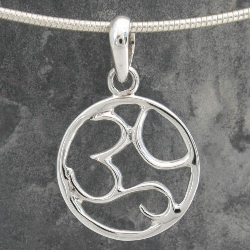 AUM Silver Circle