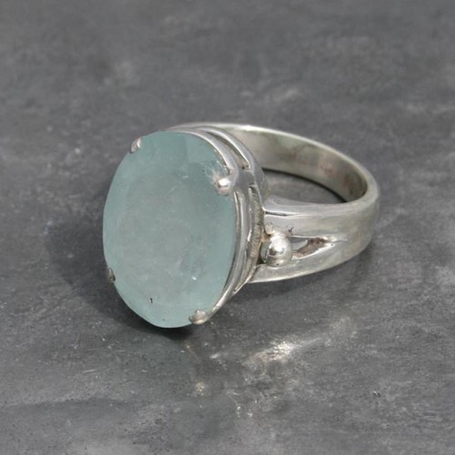 Aquamarine ring oval