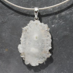 Quartz flower pend