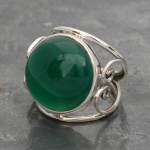Green onyx ring wire heart
