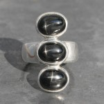 Black Star 3 Stone Ring