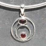 Circle Garnet