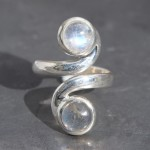 2-stone-Moonstone-an-Labradorite-Ring