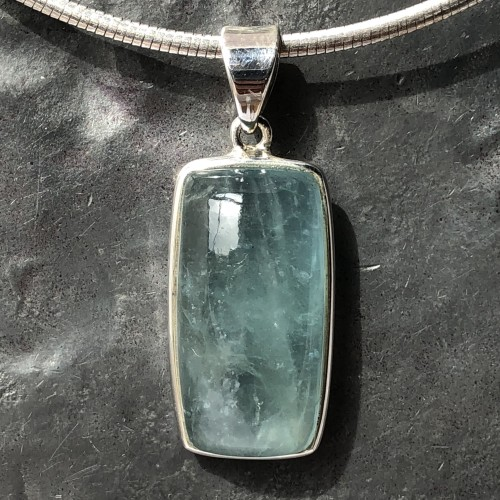 aquamarine pendant rectangle5